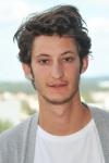 Pierre Niney : un acteur de qualités – Portrait pour Yves Saint Laurent