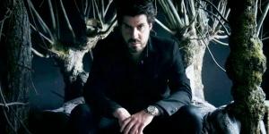Simon Astier : superméchant et fier de l'être – Interview pour Hero Corp