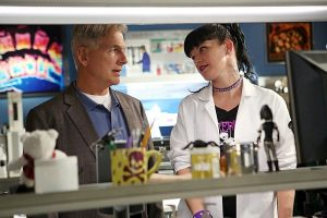 Mark Harmon et Pauley Perrette (Abby)