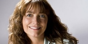 Karen Allen reprend son souffle – Interview pour Indiana Jones 4