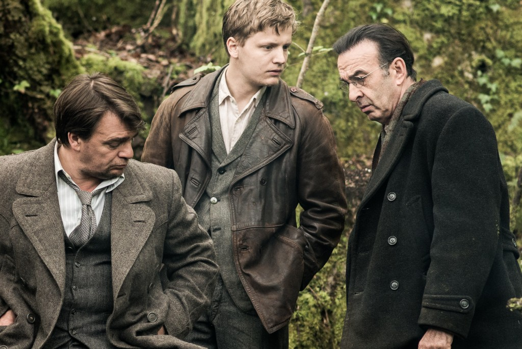 Thierry Godard (Raymond Schwartz), Martin Loizillon (Antoine), Robin Renucci (Daniel Larcher)